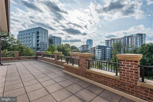 Photo of 1781 CHAIN BRIDGE RD #407, MCLEAN, VA 22102 (MLS # VAFX1087290)