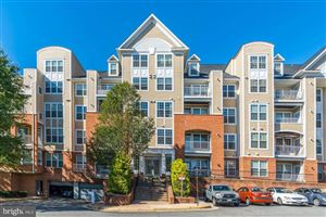 Photo of 2720 BELLFOREST CT #107, VIENNA, VA 22180 (MLS # VAFX1089292)
