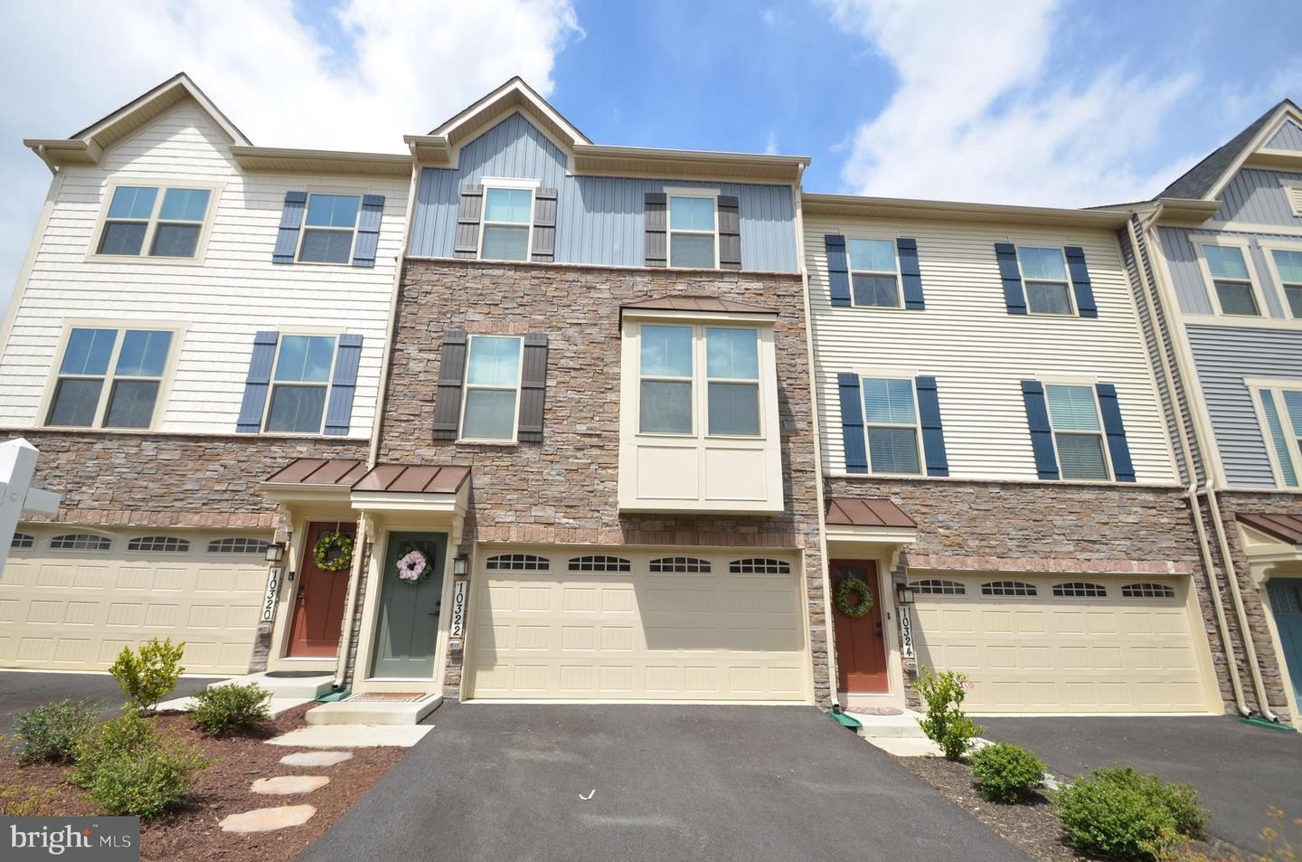 Photo of 10322 QUILLBACK ST, NEW MARKET, MD 21774 (MLS # MDFR281292)