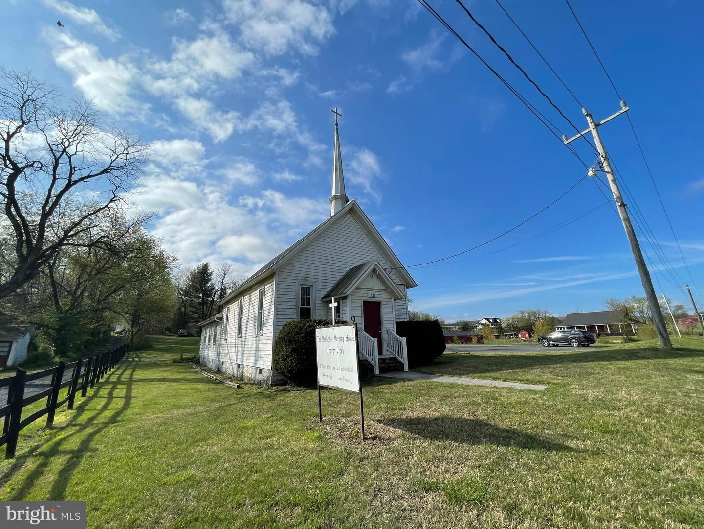Photo of 1652 HAPPY CREEK RD, FRONT ROYAL, VA 22630 (MLS # VAWR143294)