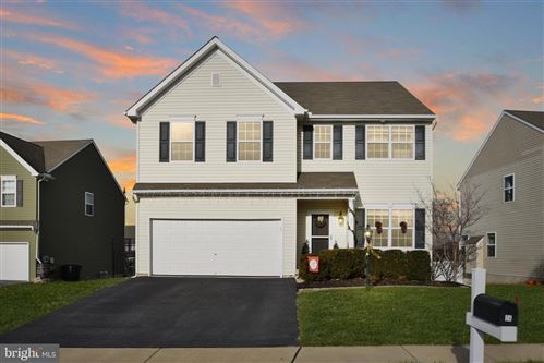 Photo of 24 PAVERS COVE CT, MIDDLETOWN, PA 17057 (MLS # PADA117296)