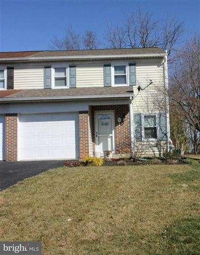 Photo of 11 BRANSTOCK CT, LITITZ, PA 17543 (MLS # PALA159296)