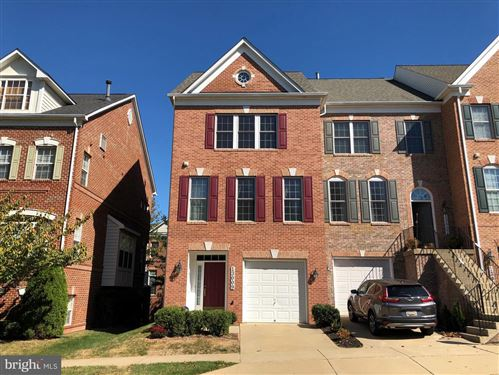 Photo of 13009 TOWN COMMONS DR, GERMANTOWN, MD 20874 (MLS # MDMC683298)