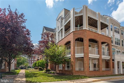 Photo of 2700 BELLFOREST CT #104, VIENNA, VA 22180 (MLS # VAFX1139300)