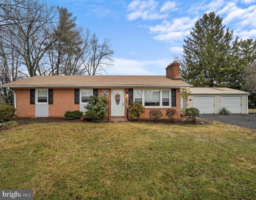 Photo of 13003 PENN SHOP RD, MOUNT AIRY, MD 21771 (MLS # MDFR277300)