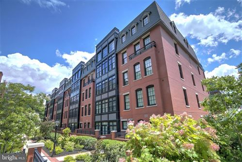 Photo of 1610 N QUEEN ST #243, ARLINGTON, VA 22209 (MLS # VAAR151304)