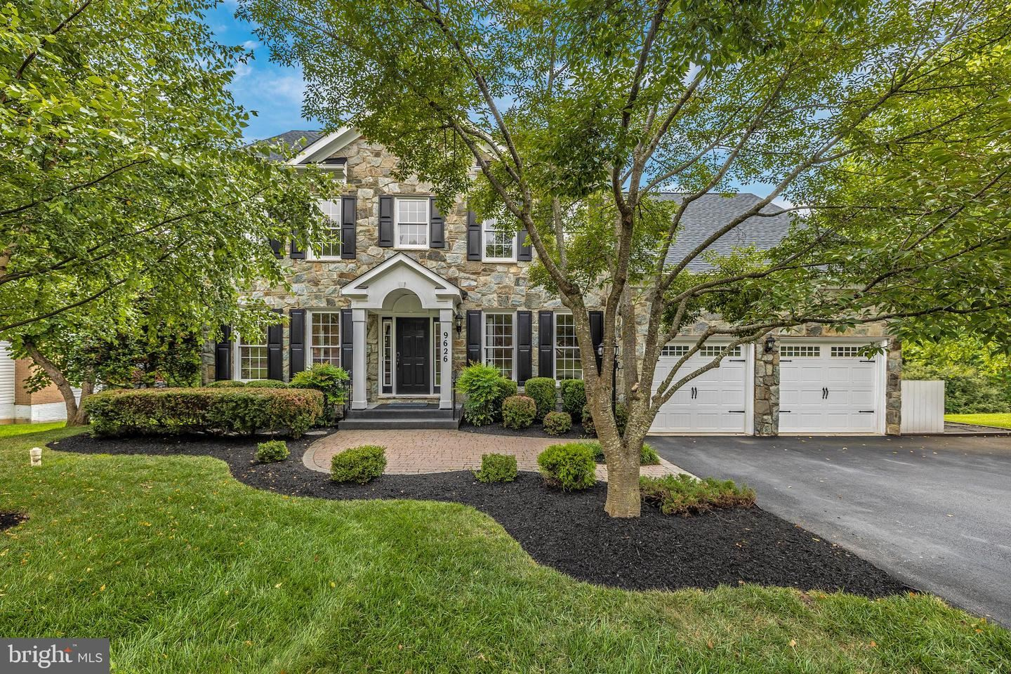 Photo of 9626 WOODLAND RD, NEW MARKET, MD 21774 (MLS # MDFR2002308)