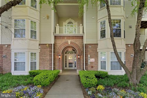 Photo of 18819 SPARKLING WATER DR #3-204, GERMANTOWN, MD 20874 (MLS # MDMC753310)