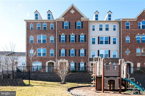 Photo of 5209 SABLE CT #307H, GREENBELT, MD 20770 (MLS # MDPG594310)
