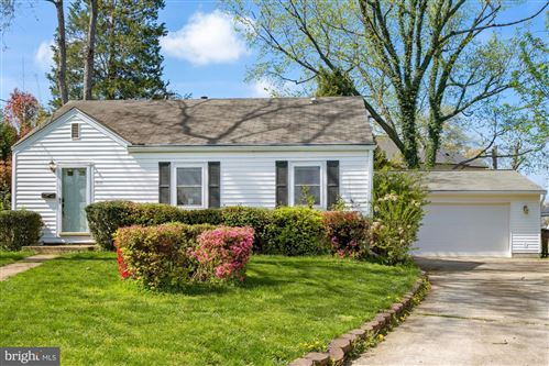Photo of 1830 STANLEY PL, FALLS CHURCH, VA 22043 (MLS # VAFX1191310)