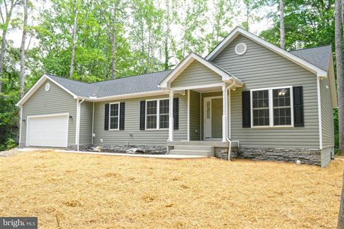 Photo of 111 APPLEVIEW CT, LOCUST GROVE, VA 22508 (MLS # VAOR136310)