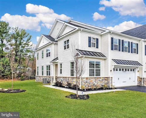 Photo of 425 LEE PL, EXTON, PA 19341 (MLS # PACT510312)