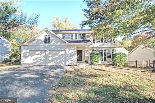 Photo of 20705 SHAKESPEARE DR, GERMANTOWN, MD 20876 (MLS # MDMC685314)