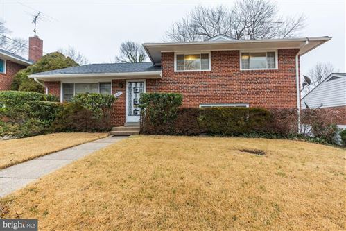Photo of 10213 LESLIE ST, SILVER SPRING, MD 20902 (MLS # MDMC692314)