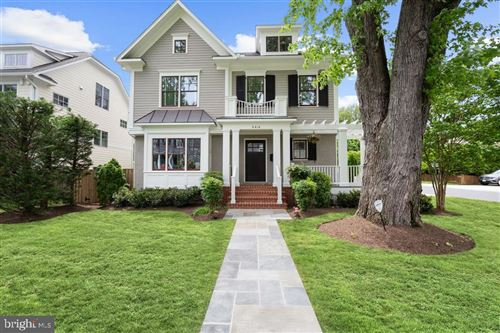 Photo of 4414 WEST VIRGINIA AVE, BETHESDA, MD 20814 (MLS # MDMC708314)