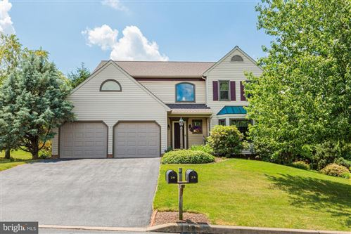 Photo of 26 ROUND HOUSE DR, LITITZ, PA 17543 (MLS # PALA165314)