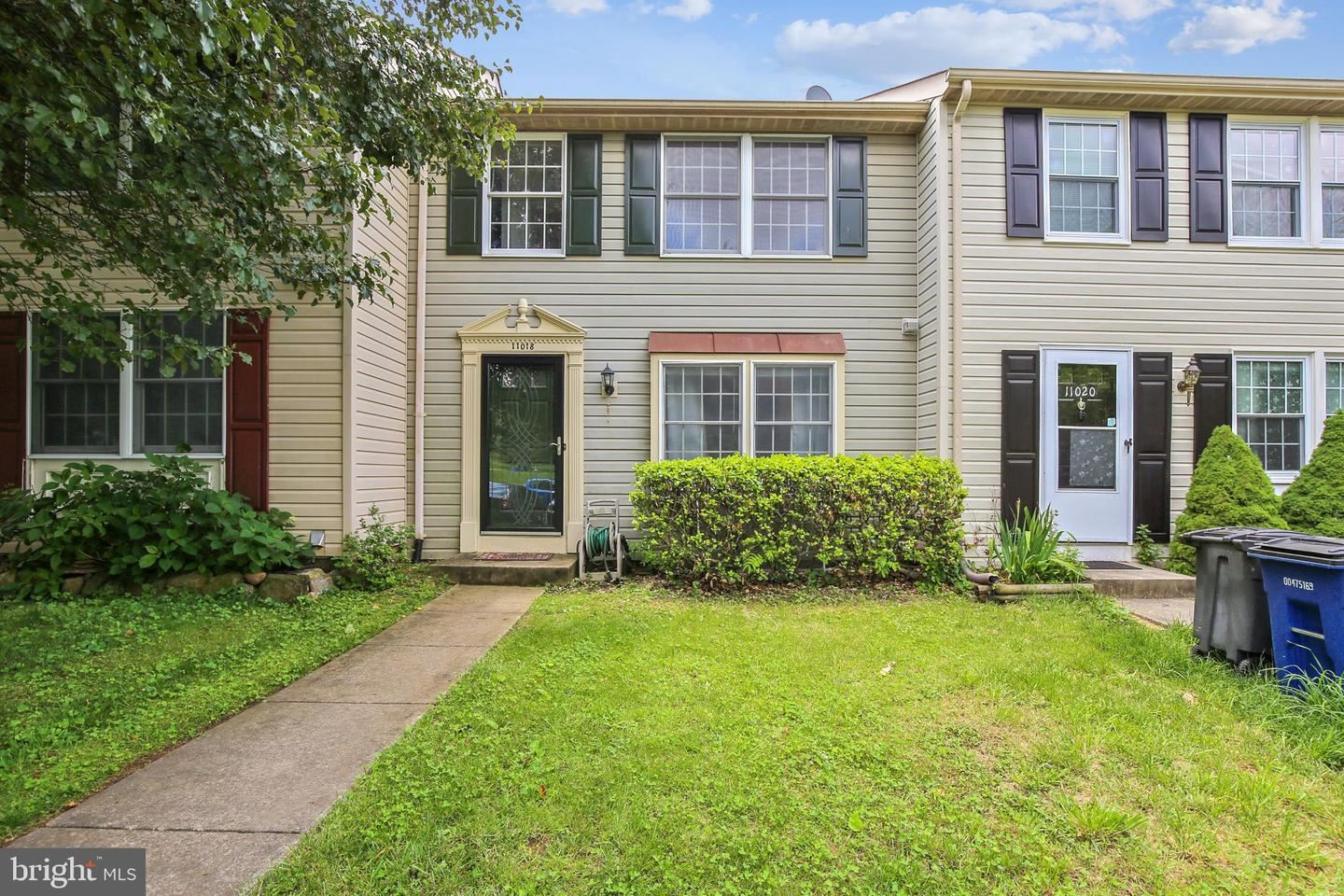 Photo of 11018 OUTPOST DR, NORTH POTOMAC, MD 20878 (MLS # MDMC712314)