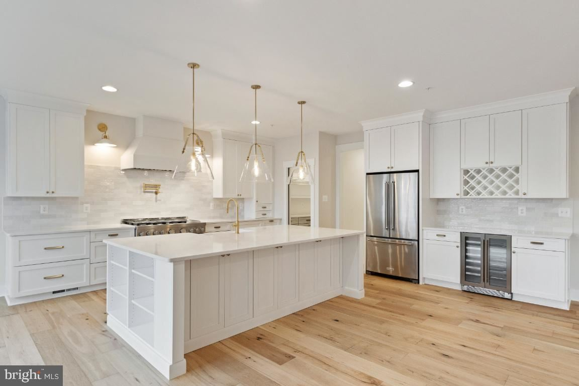 Photo of 9612 WOODLAND, NEW MARKET, MD 21774 (MLS # MDFR266316)