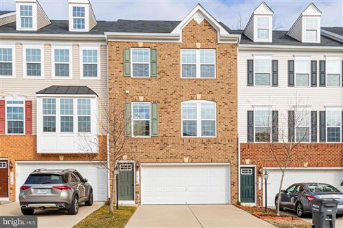 Photo of 1634 DOROTHY LN, WOODBRIDGE, VA 22191 (MLS # VAPW513322)