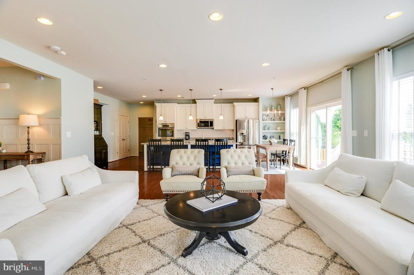 Photo of 431 ORCHARD CREST CIR, NEW MARKET, MD 21774 (MLS # MDFR266324)