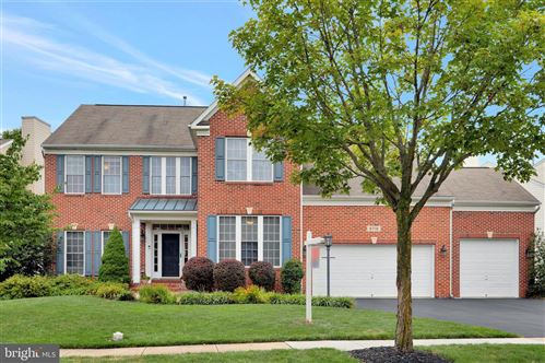 Photo of 9718 ROYAL CREST CIR, FREDERICK, MD 21704 (MLS # MDFR268326)