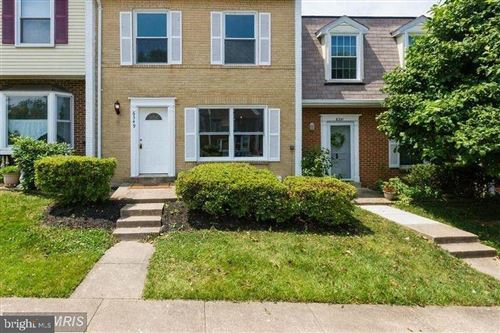 Photo of 6349 STAGHORN CT, ALEXANDRIA, VA 22315 (MLS # VAFX1170328)