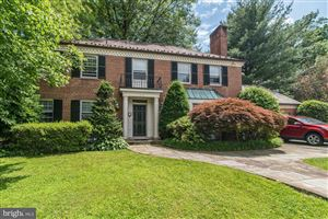 Photo of 6016 COREWOOD LN, BETHESDA, MD 20816 (MLS # MDMC662332)