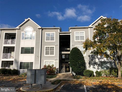 Photo of 20410 SHORE HARBOUR DR #6-O, GERMANTOWN, MD 20874 (MLS # MDMC686332)