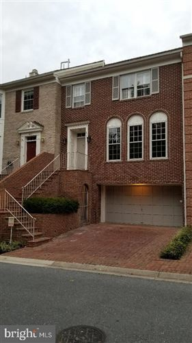 Photo of 8049 RISING RIDGE RD, BETHESDA, MD 20817 (MLS # MDMC682334)