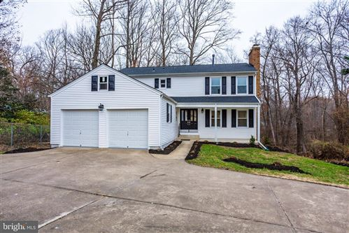 Photo of 8701 LITWALTON CT, VIENNA, VA 22182 (MLS # VAFX1102334)