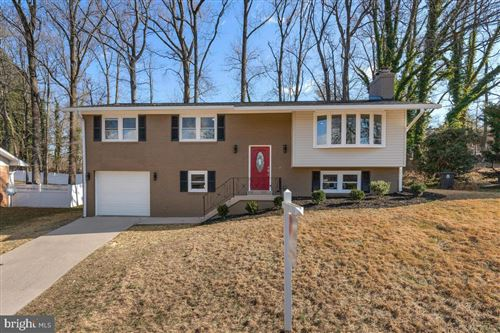 Photo of 6004 HOPE DR, TEMPLE HILLS, MD 20748 (MLS # MDPG594336)