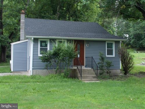 Photo of 400 MILL SWAMP RD, EDGEWATER, MD 21037 (MLS # 1001969338)