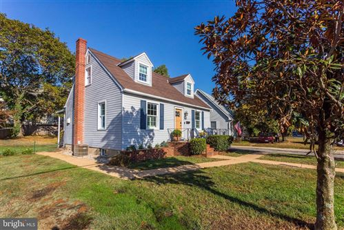 Photo of 303 TAYLOR AVE, ANNAPOLIS, MD 21401 (MLS # MDAA416338)