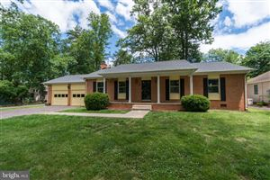 Photo of 222 SAND TRAP LN, LOCUST GROVE, VA 22508 (MLS # VAOR134340)