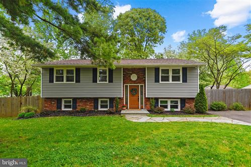 Photo of 1050 SUN VALLEY DR, ANNAPOLIS, MD 21409 (MLS # MDAA467342)