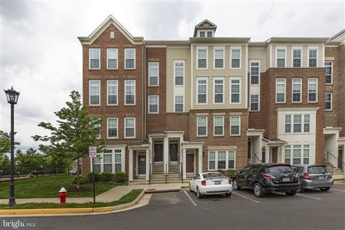 Photo of 43613 HELMSDALE TER, CHANTILLY, VA 20152 (MLS # VALO438342)