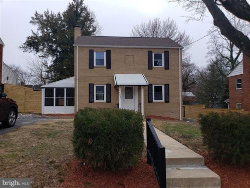 Photo of 2708 AVENA ST, SILVER SPRING, MD 20902 (MLS # MDMC690344)