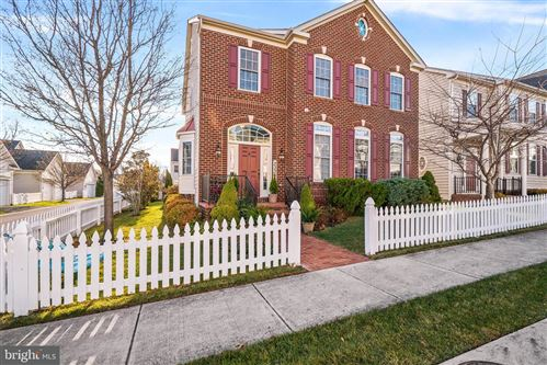 Photo of 23330 ROBIN SONG DR, CLARKSBURG, MD 20871 (MLS # MDMC692344)
