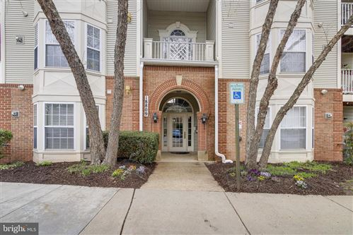 Photo of 18809 SPARKLING WATER DR #6-T-2, GERMANTOWN, MD 20874 (MLS # MDMC756344)