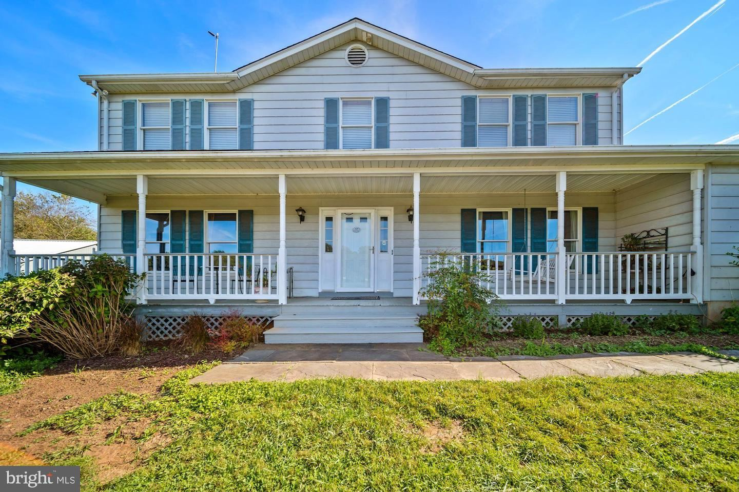 Photo of 25440 OLD HUNDRED RD, DICKERSON, MD 20842 (MLS # MDFR2004344)