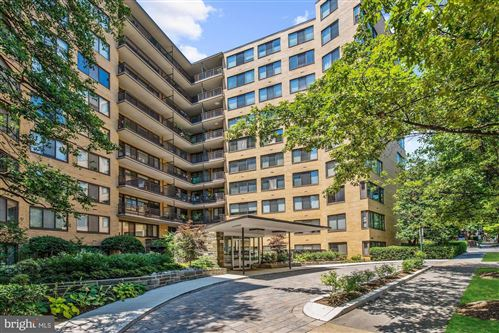 Photo of 4740 CONNECTICUT AVE NW #517, WASHINGTON, DC 20008 (MLS # DCDC454348)