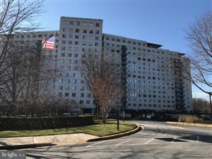 Photo of 10500 ROCKVILLE PIKE #M11, ROCKVILLE, MD 20852 (MLS # MDMC666348)