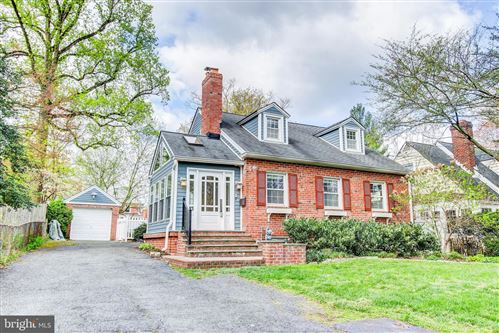 Photo of 301 PINEWOOD AVE, SILVER SPRING, MD 20901 (MLS # MDMC701348)
