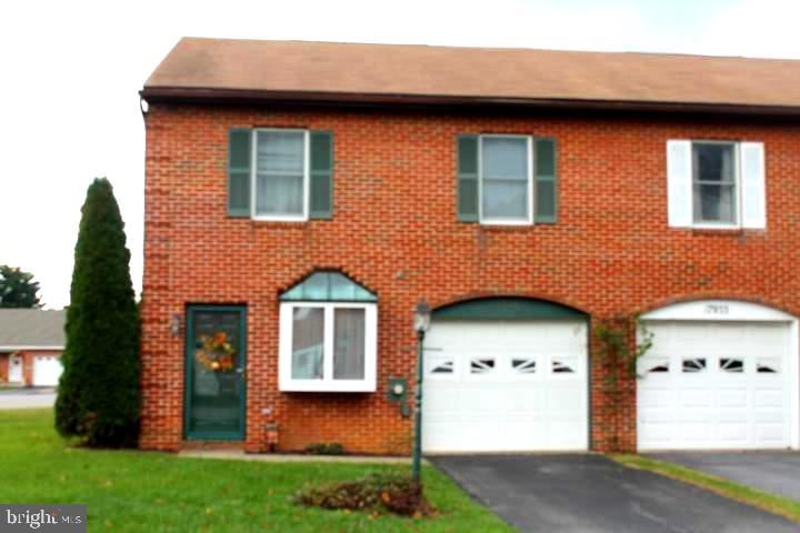 Photo of 17935 CLUBHOUSE DR, HAGERSTOWN, MD 21740 (MLS # MDWA176348)