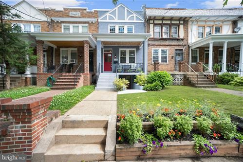 Photo of 615 HAMILTON ST NW, WASHINGTON, DC 20011 (MLS # DCDC471350)