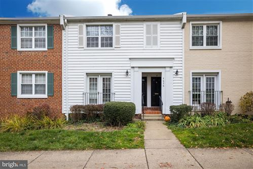 Photo of 4626-A 28TH RD S, ARLINGTON, VA 22206 (MLS # VAAR173352)