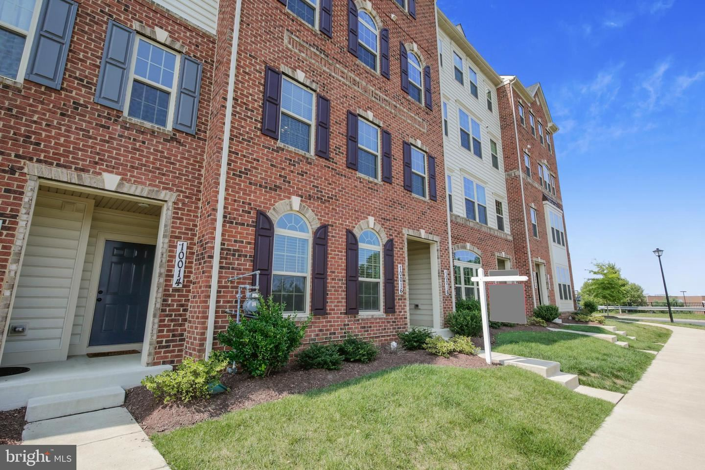 Photo of 10016 BEERSE ST, IJAMSVILLE, MD 21754 (MLS # MDFR2001352)