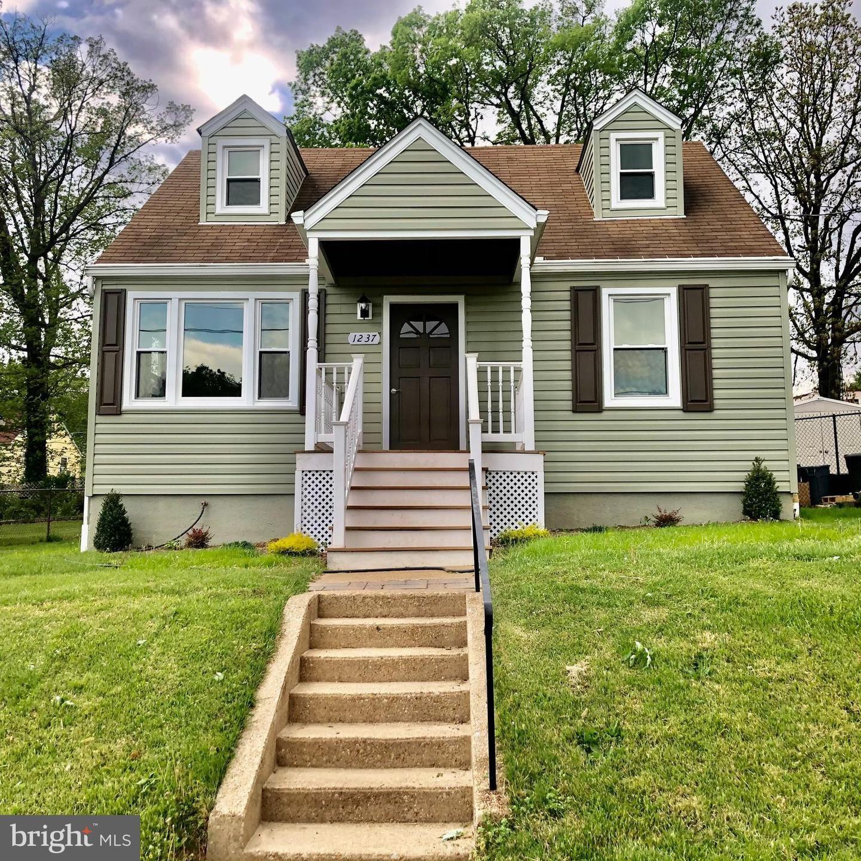 1237 LANDOVER RD, Baltimore, MD 21237 - MLS#: MDBC527354