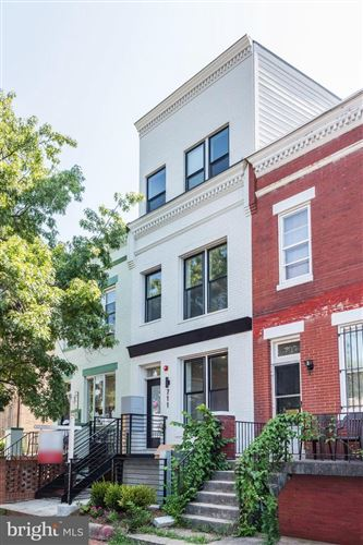 Photo of 711 15TH ST NE #3, WASHINGTON, DC 20002 (MLS # DCDC447358)
