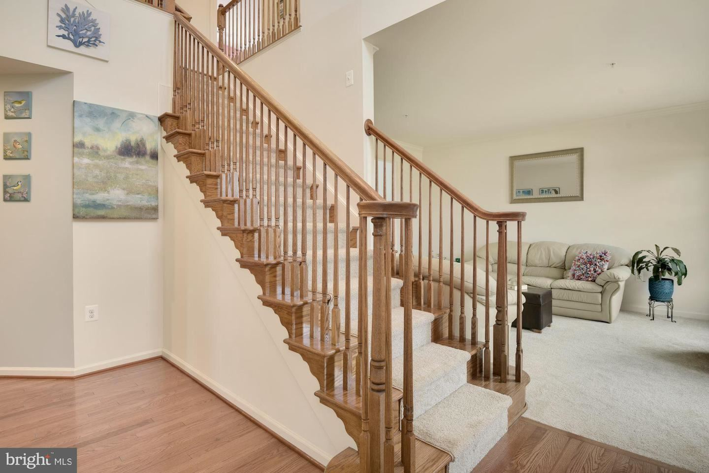 Photo of 17603 SHORES DR, POOLESVILLE, MD 20837 (MLS # MDMC761358)